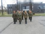 Klasa wojskowa na lotnisku- musztra